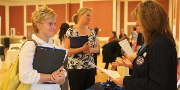 Report: MilSpouse Employment Data Needs Better Tracking Methodology